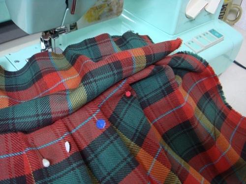 スカート縫い.JPG