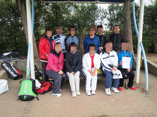テニスチーム.JPG