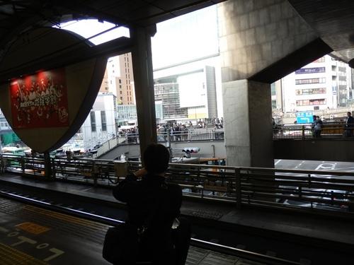 歩道橋にも撮り鉄.JPG